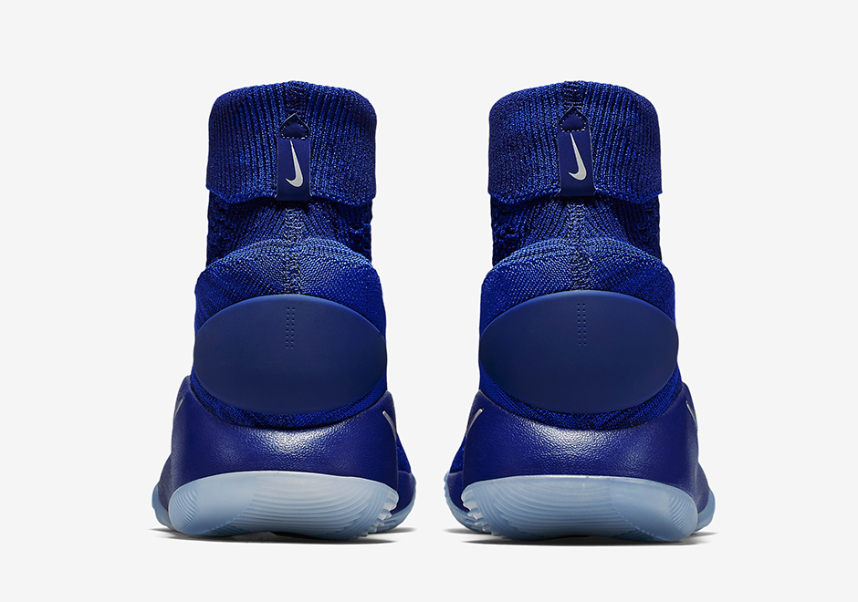 sale retailer 55730 e167c Nike Hyperdunk 2016 Elite Game Royal 843390-404   SneakerNews.com