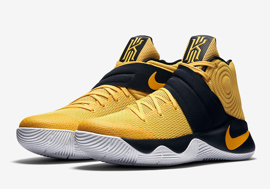 Kobe Shoes Gold And Black