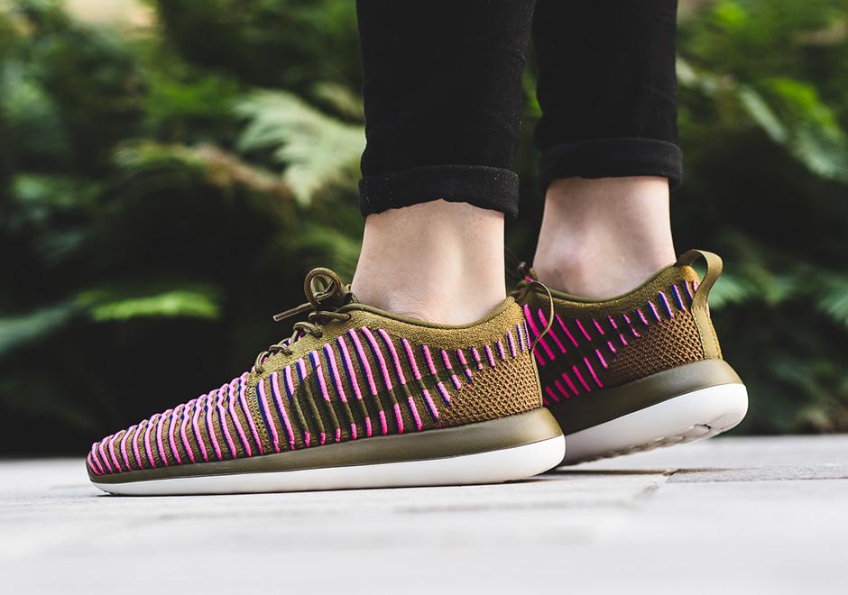 Nike Id Roshe Dos Mujeres lEZow