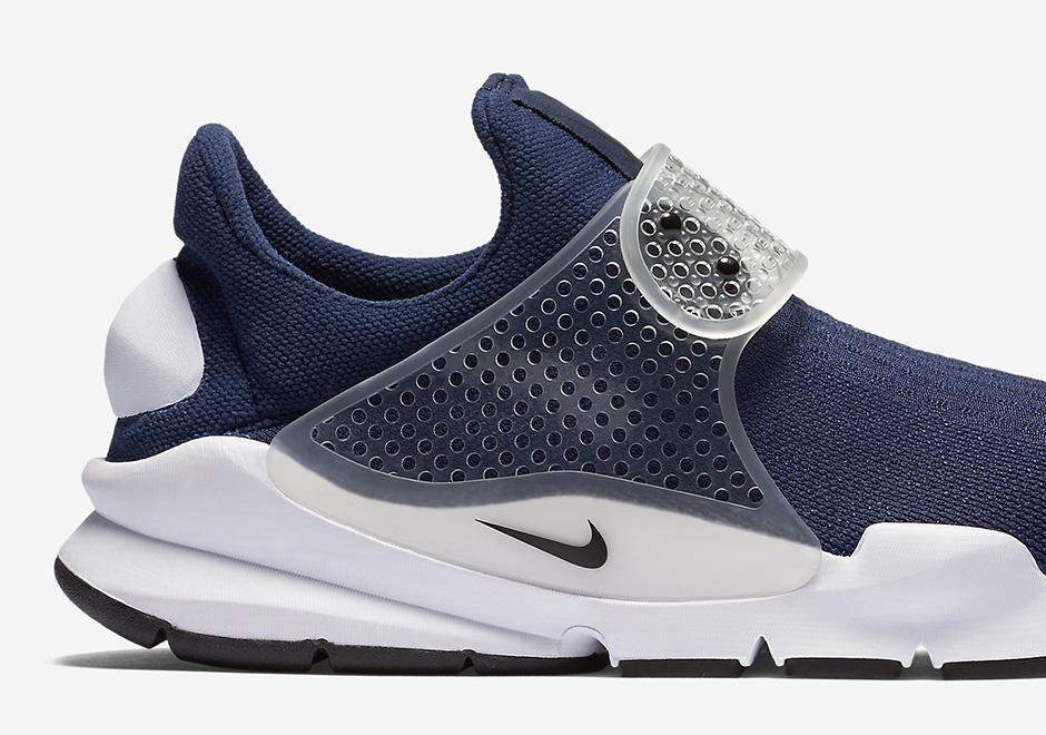 The Nike Sock Dart Returns In Navy Blue