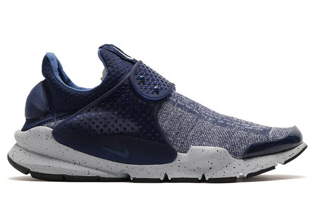 premium selection 0a811 c74cc Nike Sock Dart SE Premium Midnight Navy   SneakerNews.com