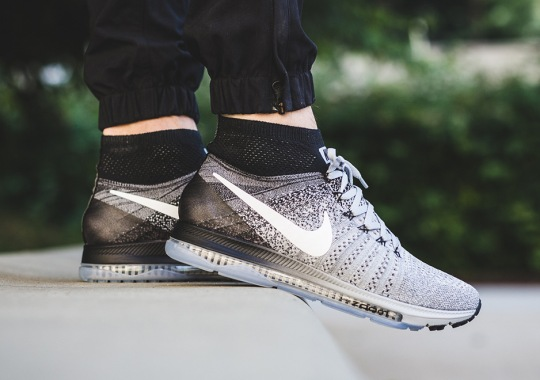 """The Nike Zoom All Out Flyknit Goes """"Oreo"""""""