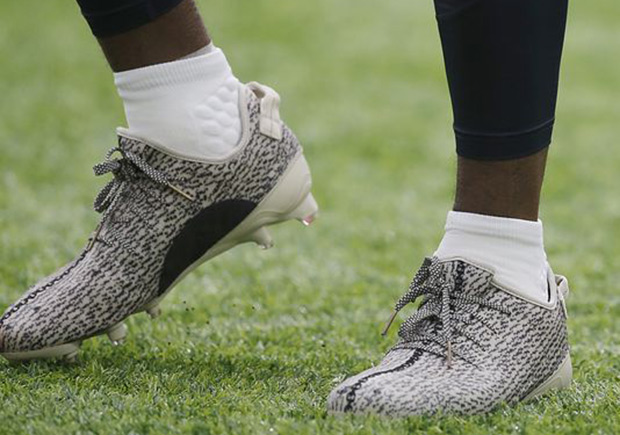 f29442b068b39 DeAndre Hopkins Fined For Wearing Yeezy Cleats