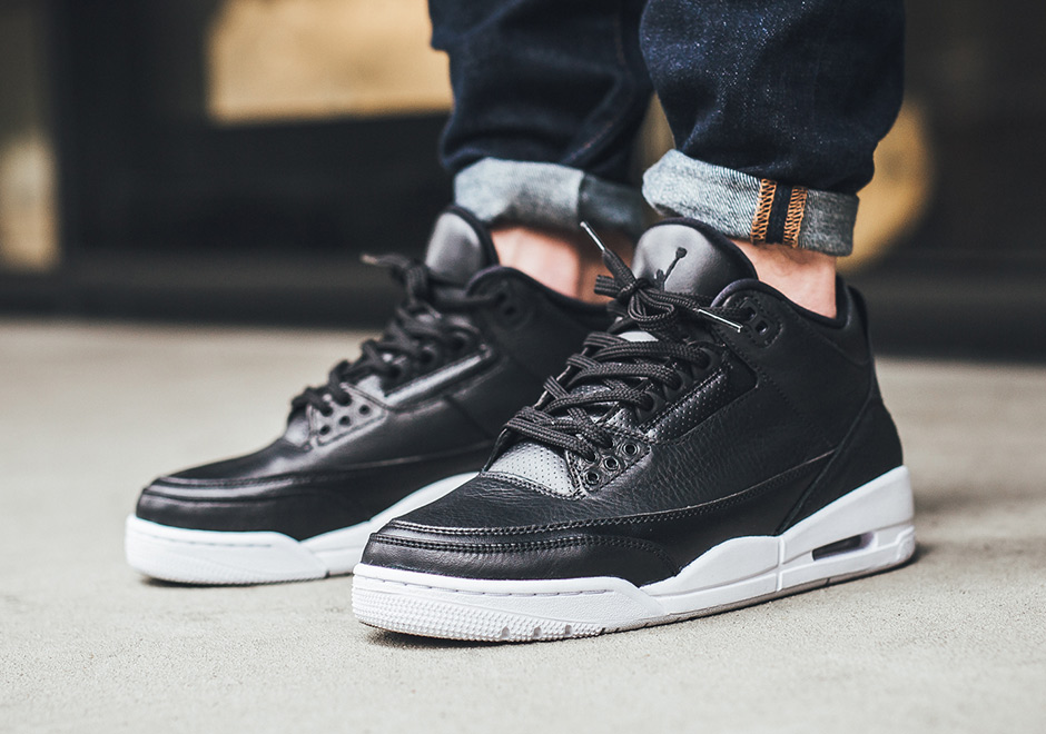 eea0b85a6cda87 Air Jordan 3 Cyber Monday On-Feet Photos