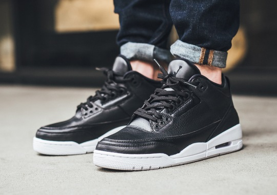 """How The Air Jordan 3 """"Cyber Monday"""" Looks On Your Feet"""