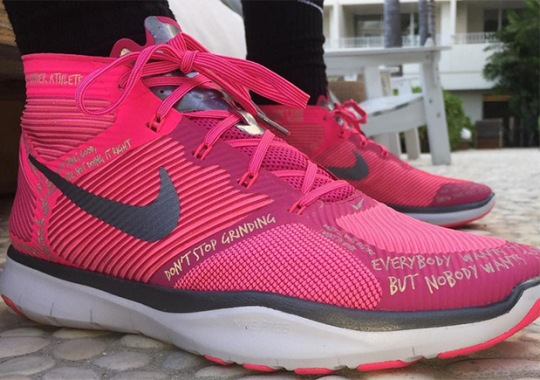 f6bf92bb361d Kevin Hart And His Nike Shoe Celebrates Breast Cancer Awareness Month