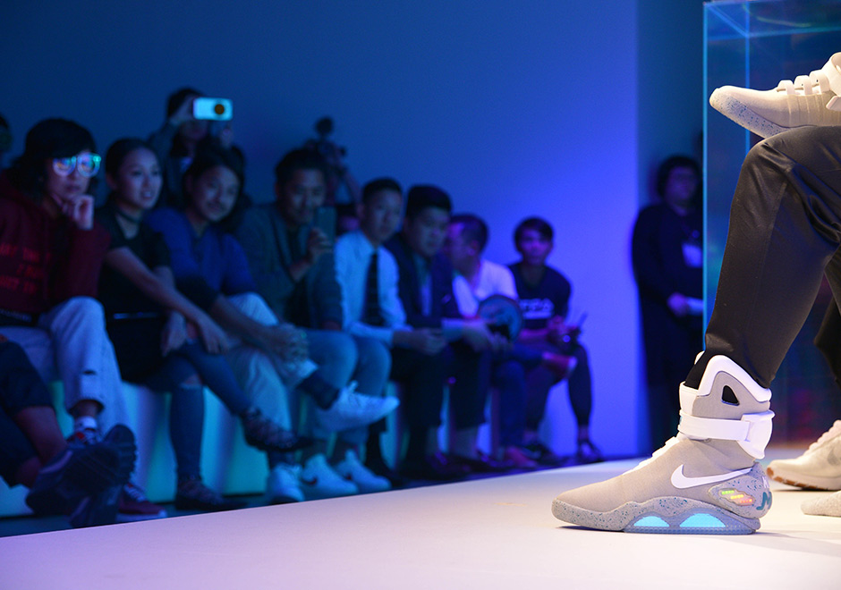 e6f11f6a3b4 Nike Mag Sells For Over  100
