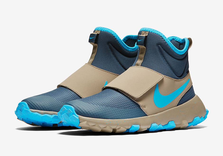 a9bc354280e8 Nike Roshe Mid Winter Stamina Youth Boot