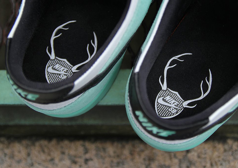 Nike SB Dunk Sea Crystal 819674-301  71daf5d839