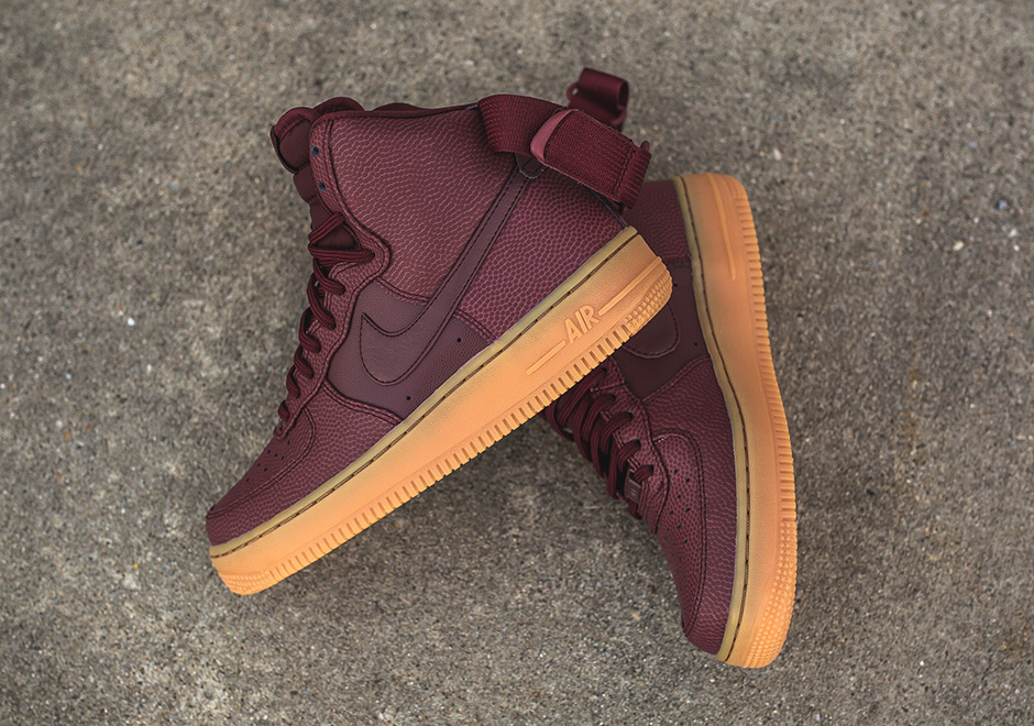 Nike WMNS Air Force 1 High Night Maroon 860544 600