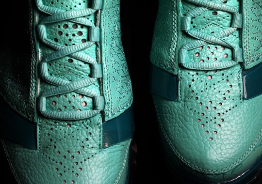 "Up Close With The SoleFly x Air Jordan XX3 ""Florida Marlins"""