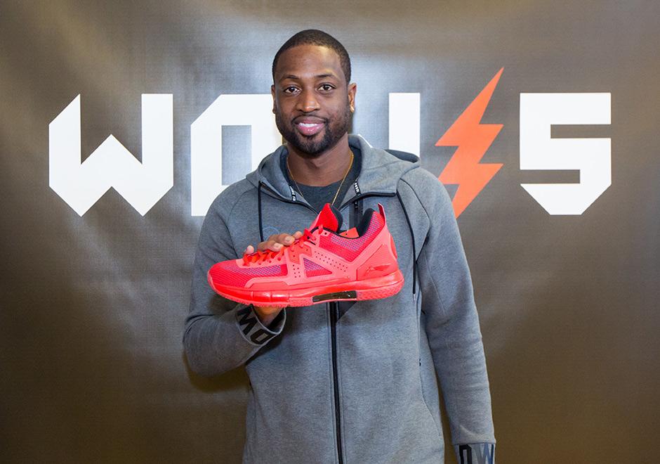 Dwyane wade discusses new li ning shoes transition to chicago dwyane wade discusses new li ning shoes transition to chicago and more voltagebd Images
