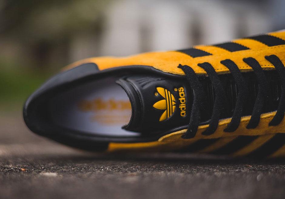 los angeles 88bb4 7e0aa adidas Gazelle Collegiate Gold S79979  SneakerNews.com
