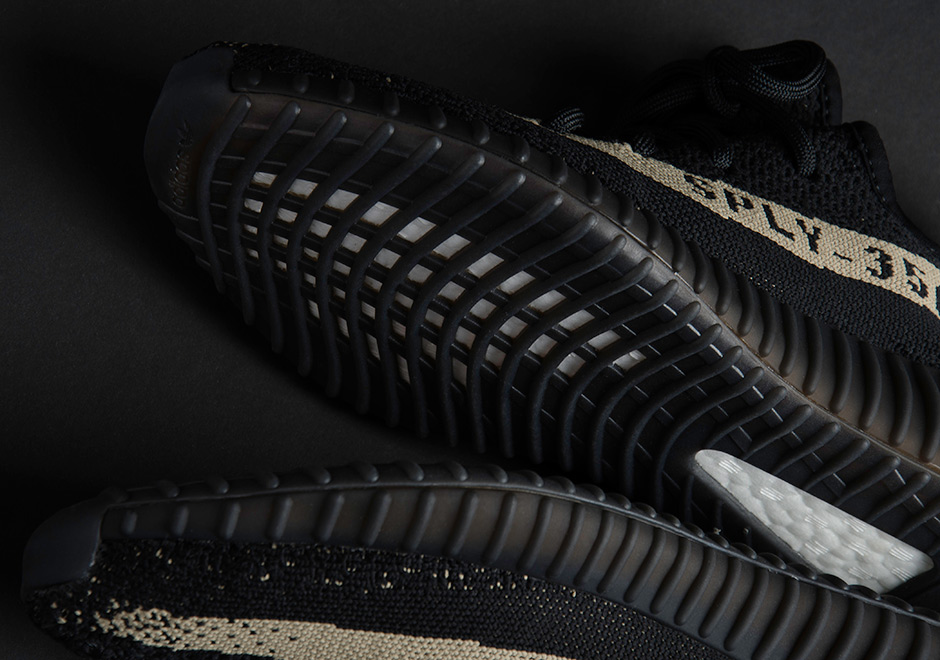 best sneakers 83dd1 4a8e9 adidas Yeezy Boost 350 v2