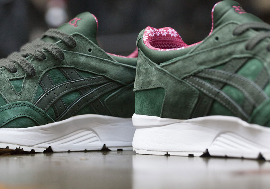 ASICS Christmas Pack 2016 Release Date  8a7cb376ec