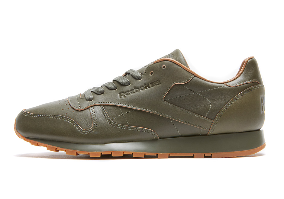 """Kendrick Lamar x Reebok Classic Leather Lux """"Red and Blue"""". Release Date   November 25 6ea73e451"""