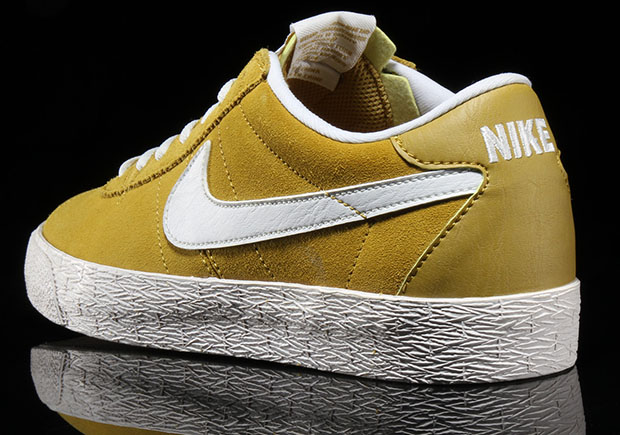 e7ba389466c3 Nike SB Bruin Yellow Suede 631041-311