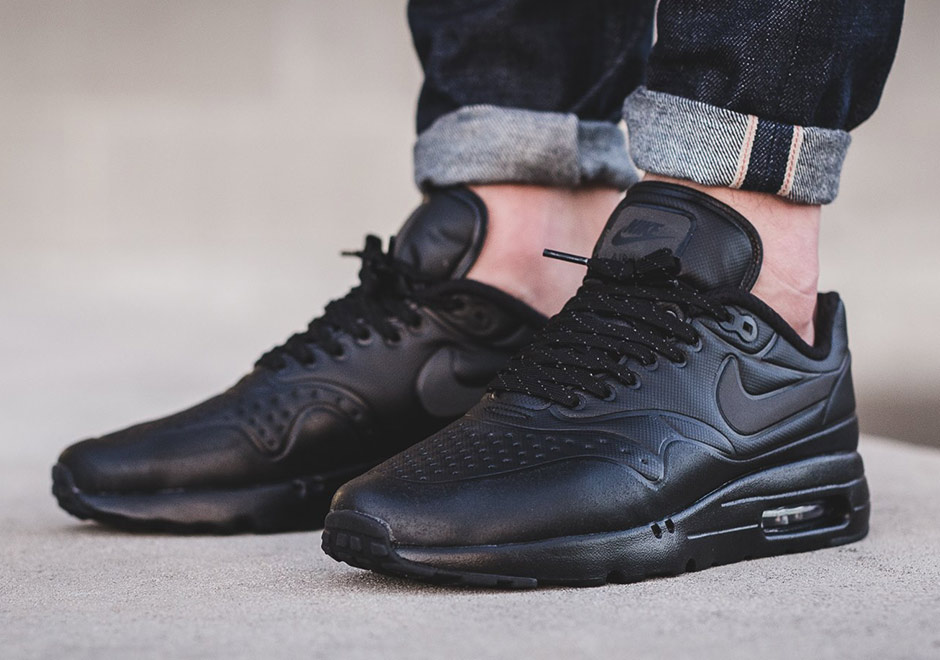 Nike Air Max 1 Ultra Se Triple Black 858885 001