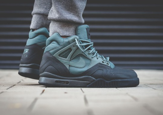 "The Winterized Nike Air Tech Challenge II Arrives in ""Hasta"""