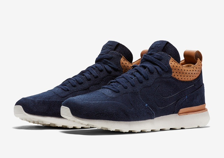 buy online b8685 d29e3 The Nike Internationalist Mid Gets The Slimmed Down Royal Treatment