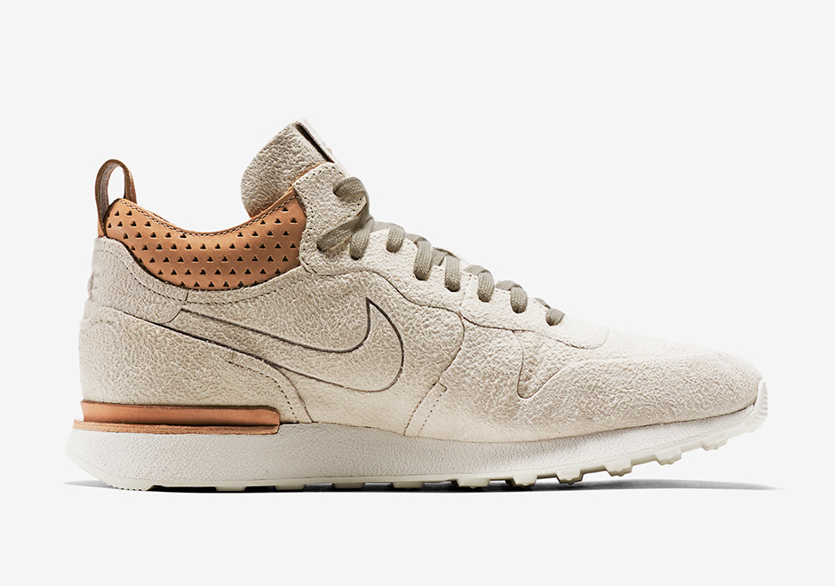 save off c5327 0a406 Nike Internationalist Mid Royal Winter 2016 Colorways   SneakerNews.com