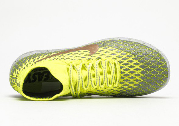 watch 20abe c3e2a Nike LunarEpic Flyknit Shield Volt 849664-700   SneakerNews.com