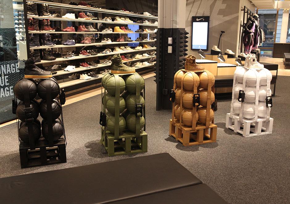 Huracán Pogo stick jump capacidad  Nike SoHo Store Hours, Location, Photos | SneakerNews.com