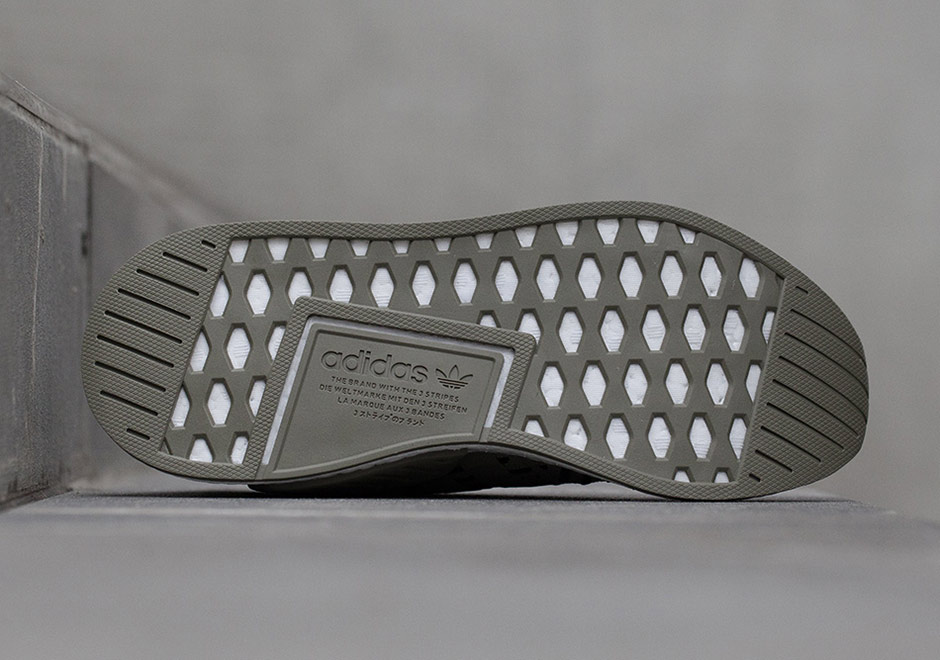 Adidas Nmd R2 Løpesko (kvinner) LpGRyi