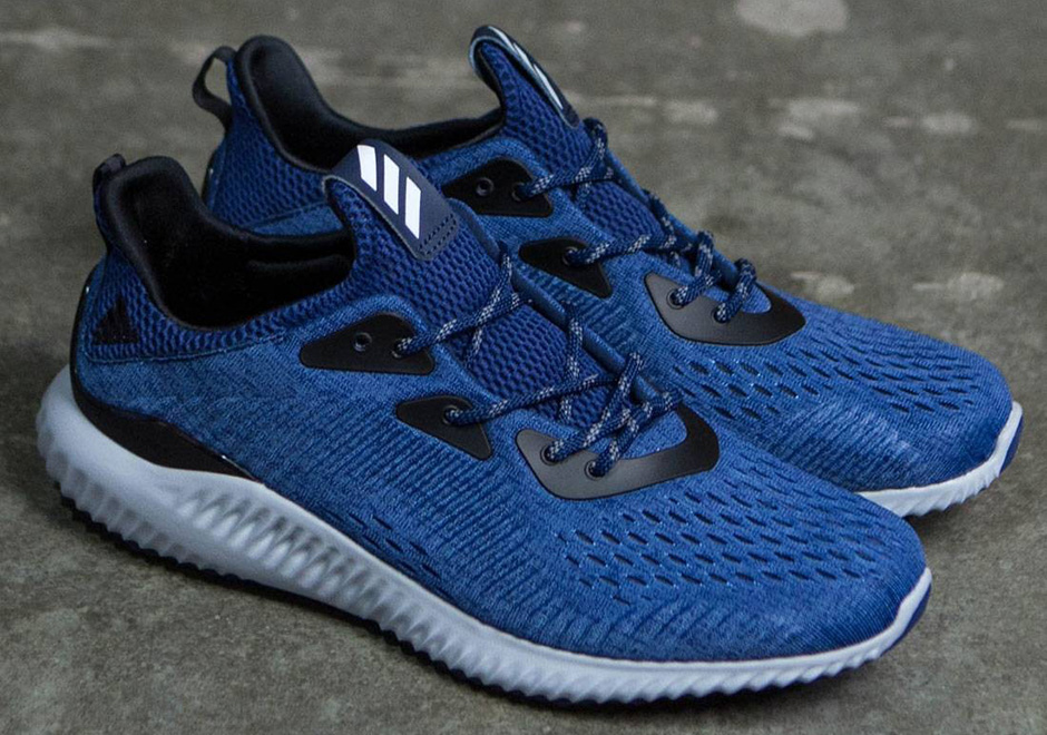 adidas Men's Alphabounce Engineered Mesh Shoes Blue