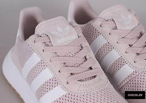 afb207c72785 adidas Flashback Women s Sneaker