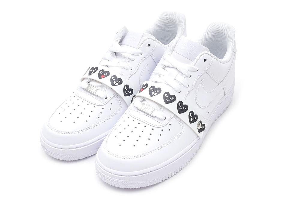 site réputé 3f79d 0231e Comme des Garcons Air Force 1 Emoji Sneakers | SneakerNews.com
