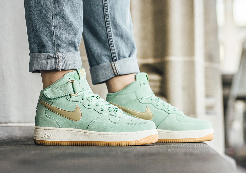nike air force 1 green gold