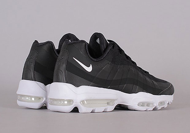 nike air max 95 ultra black