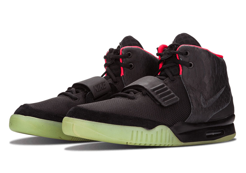 nike-air-yeezy-2-blink-release-date-history