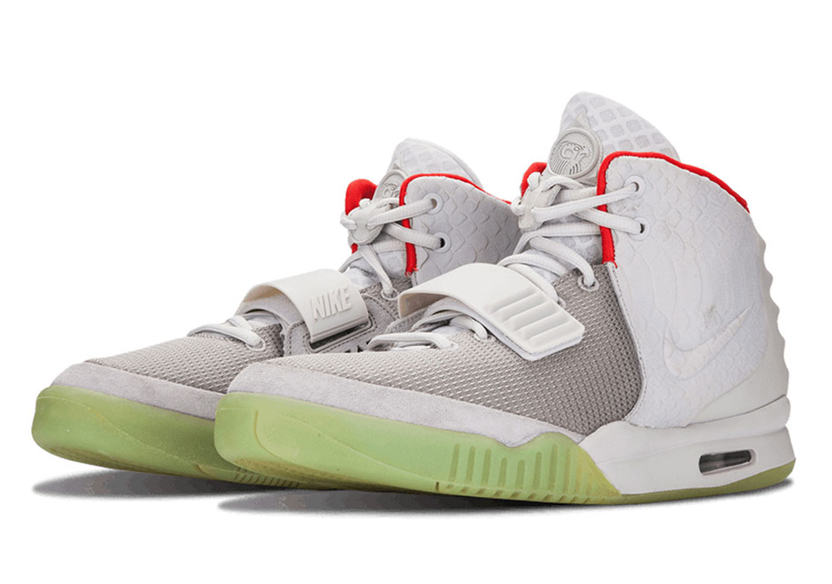 nike-air-yeezy-2-pure-platinum-release-date-history