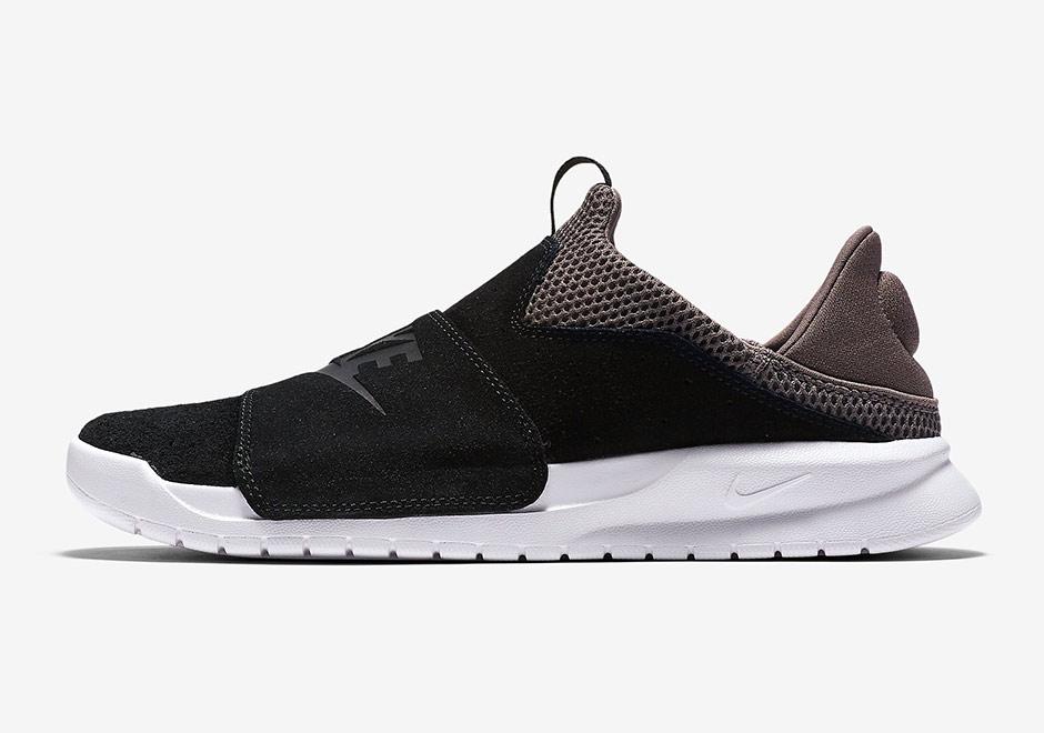 Nike Benassi Slip Unisex Shoe