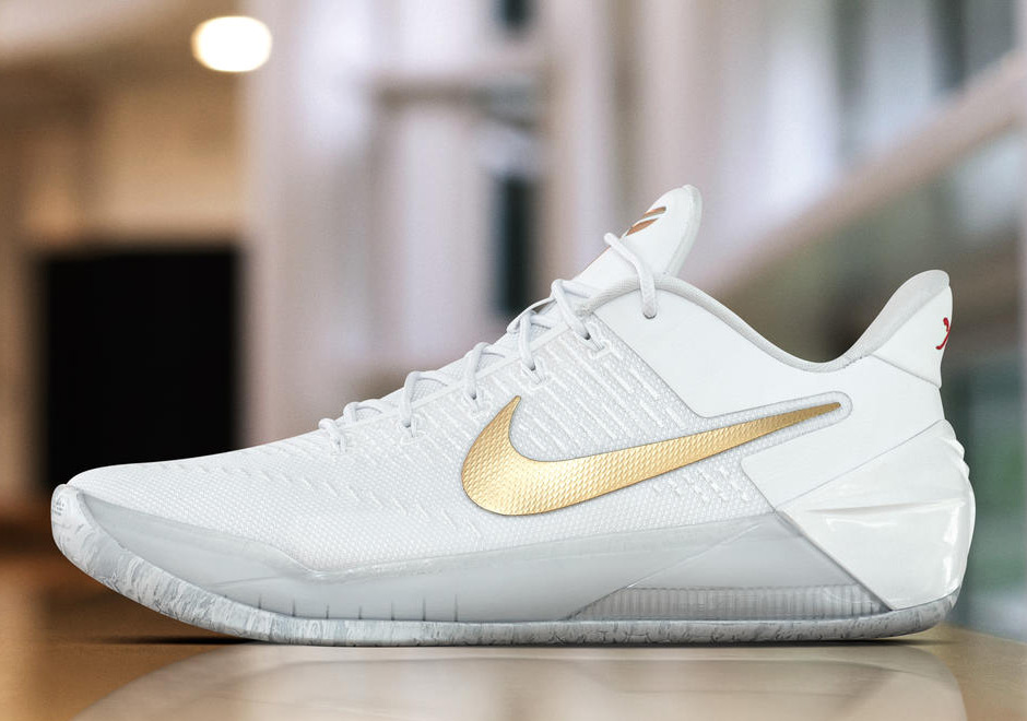 Nike Basketball Goes White And Gold For Christmas