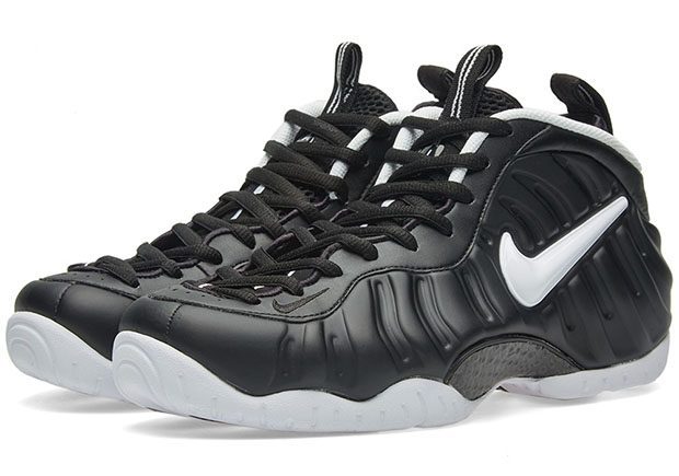 """78f1d5e8e6a If you re still after a pair of the return of the """"Dr. Doom"""" Nike Air  Foamposite Pro"""