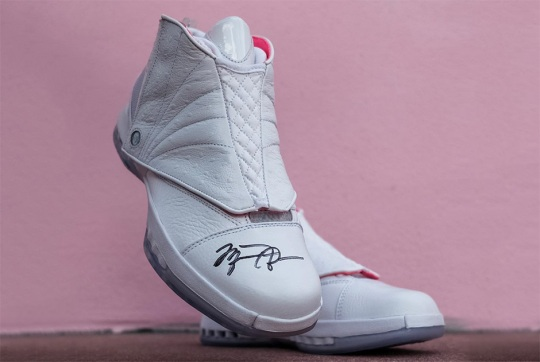 SoleFly's Air Jordan 16 Could Come With Michael Jordan's Autograph