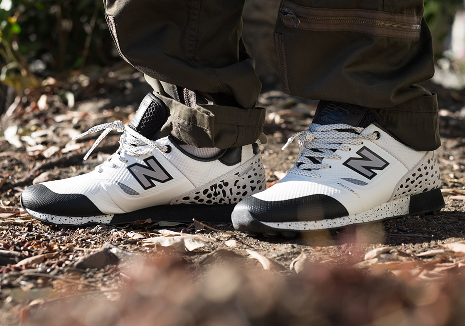 New Balance Trailbuster x Undefeated Mens White