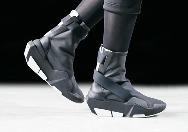 watch e3200 14d95 adidas Y-3 Fall/Winter 17-18 Preview | SneakerNews.com
