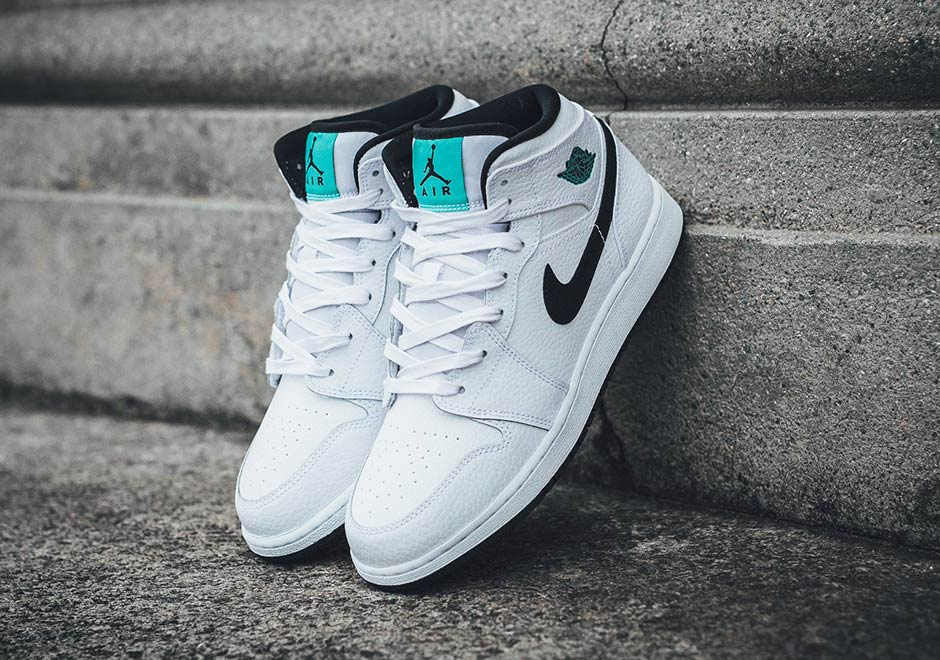 best sneakers 80956 c8398 Air Jordan 1 Mid Hyper Jade 554725-122   SneakerNews.com