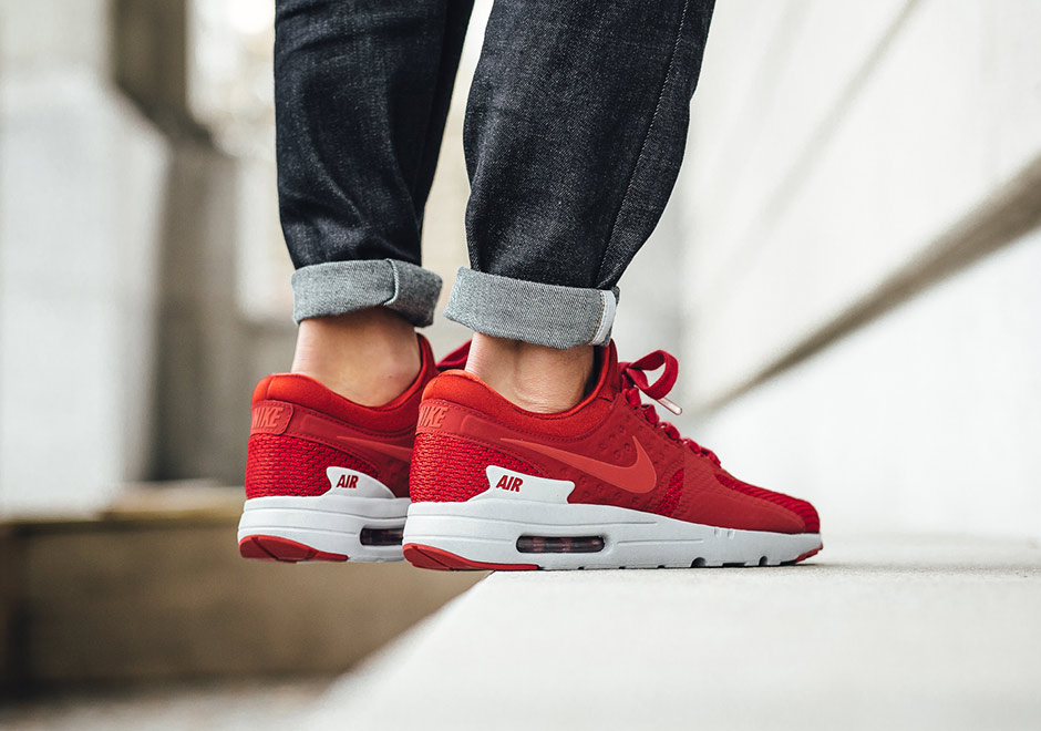 uk availability 071d0 dbe19 Nike Air Max Zero Gym Red 881982-600 | Sneakernews.com