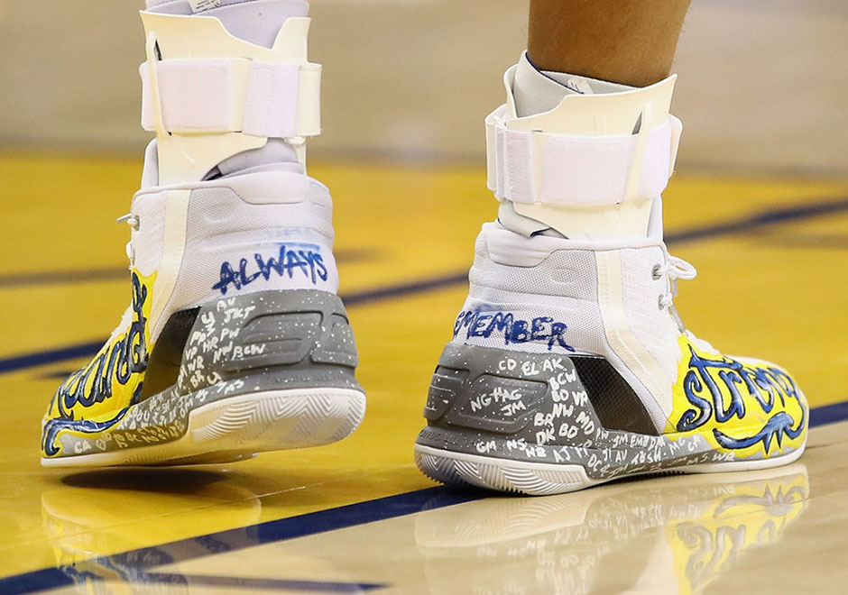 Above Ua Curry 3 Sold For Over 30 000 At Auction Proceeds Went To Charity Oakland Ghost Ship Fire Victims