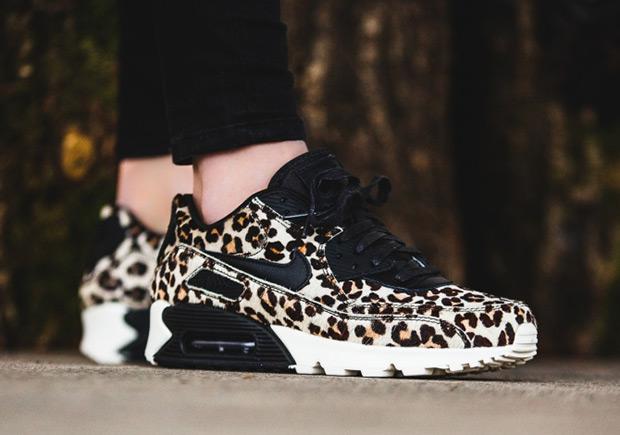 2c73055f16368 Nike Air Max 90 WMNS Leopard 898512-004 | SneakerNews.com