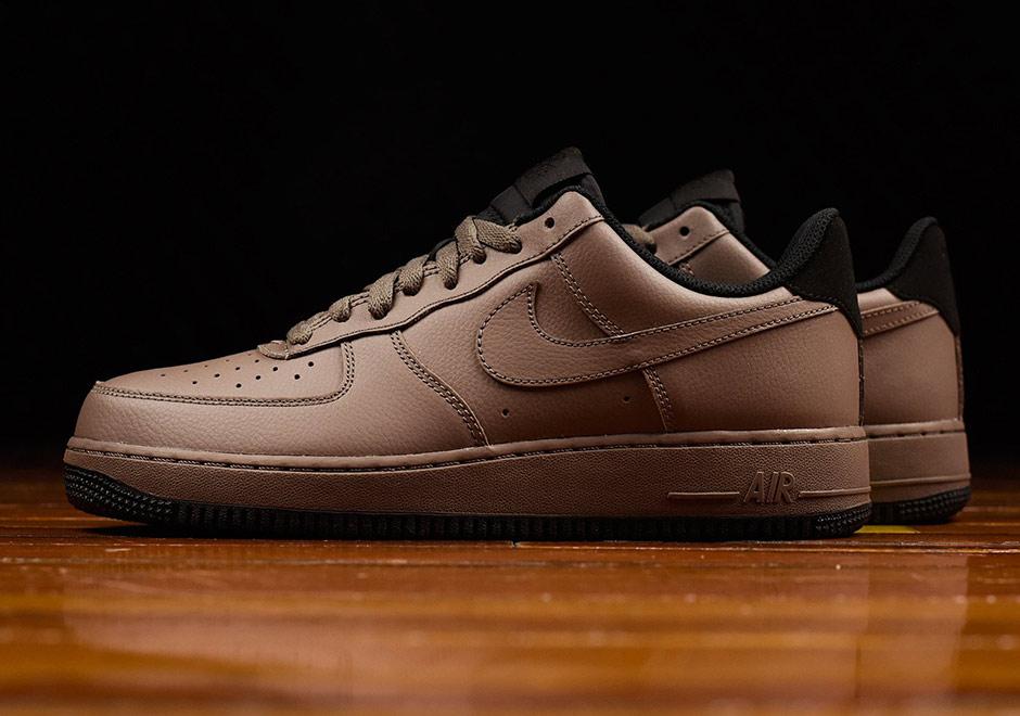 Nike Air Force 1 Low Dark Mushroom