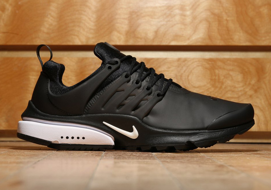 Nike Air Presto Low Utility Goes All Black With A Touch of White