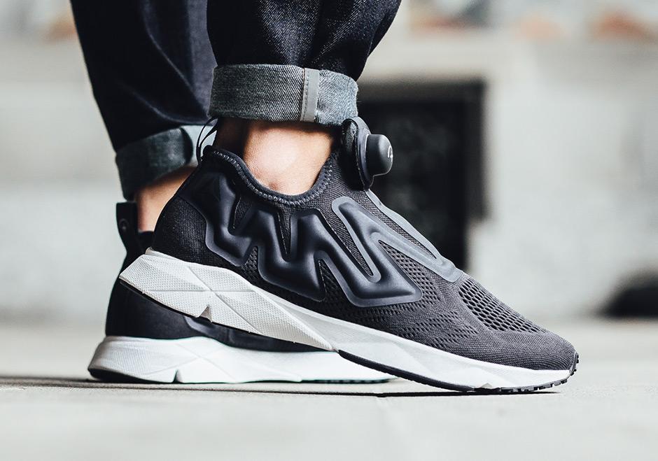 90s pump sneakers
