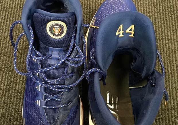 Stephen Curry Honors President Barack Obama With Curry 3 Shoes