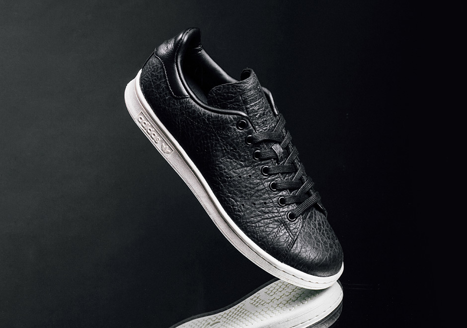 uk availability 199a9 5a27f adidas Stan Smith Tumbled Leather Black BB0037 | SneakerNews.com